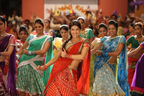 танец из индийского фильма