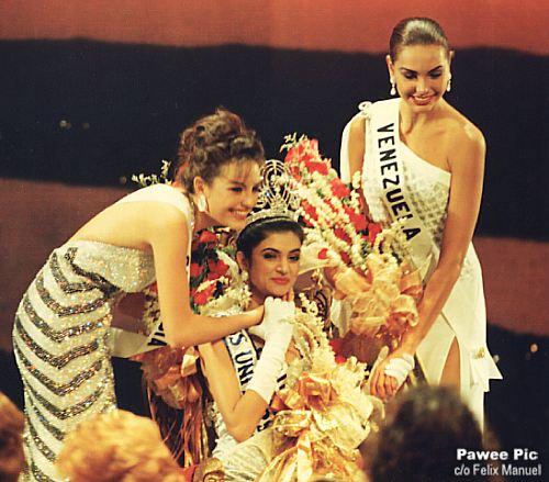 Сушмита Сен на конкурсе Мисс Вселенная 1994