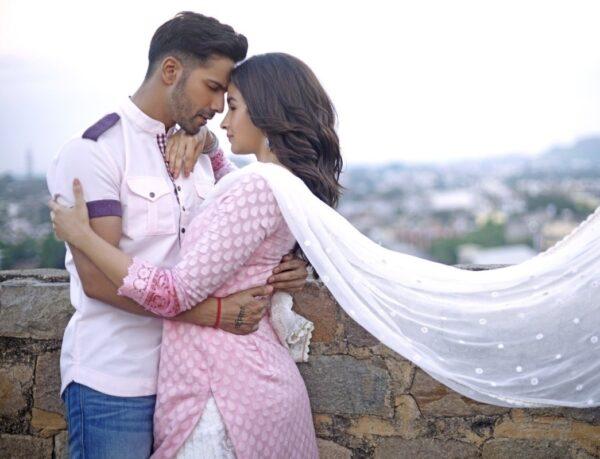 Варун Дхаван и Алия Бхатт (кадр из фильма «Невеста Бадринатха»)